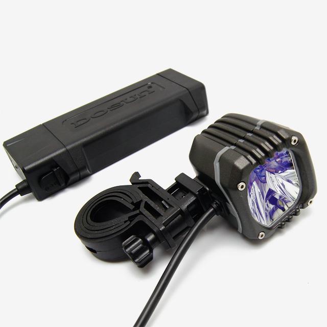 自転車の 自転車 ライト led 充電 : ) D400充電式 自転車用 LEDライト ...