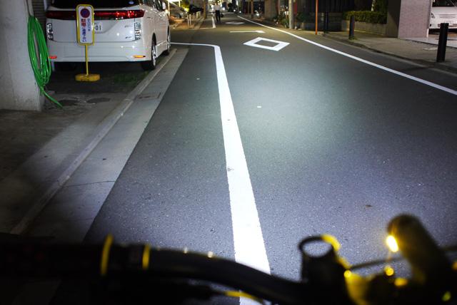 自転車の 自転車 ライト led 充電 : ... ) 550 充電式自転車用LEDライト